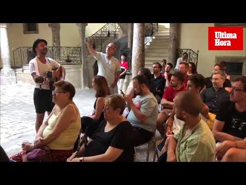 La 'Poesía Marica' de Toni Socías, en el Solleric por el Orgullo Gay