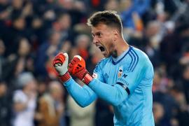 Neto, portero del Valencia, ficha por el Barça
