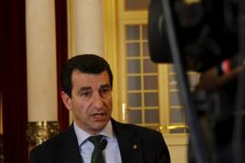 El Govern hará «retoques» en el decreto urbanístico y la oposición pide su retirada