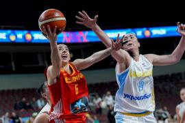 España barre en su estreno en el Eurobasket Femenino