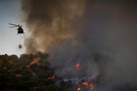 Un incendio forestal se propaga de Toledo a la Comunidad de Madrid