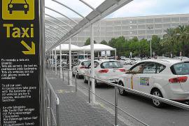 Preocupación por la demora en aprobar las tarifas del taxi en Palma