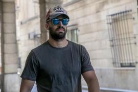 Un condenado de 'La Manada' pierde la condición de guardia civil y militar