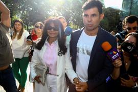 El supuesto hijo de Julio Iglesias denuncia ser «víctima de un error de forma por el Estado»
