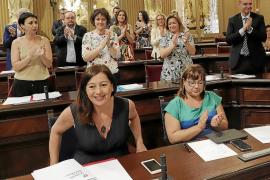 La dimisión como diputados de varios consellers cambia la composición del Parlament