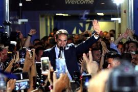 Grecia despide a Tsipras y da la mayoría absoluta a los conservadores