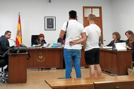Dos condenados a tres años de cárcel por vender marihuana en Palma