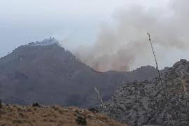 Incendio cerca de Cala Tuent, Escorca