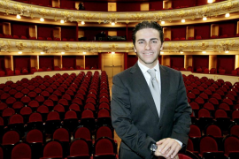 José María Moreno cree «inviable» su proyecto sin los coros del Principal