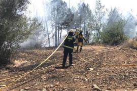 Incendio en una zona agrícola de Santa Eulària