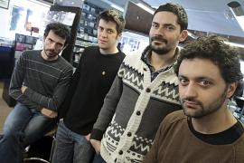 Els Amics de Les Arts estrenarán disco en Palma con su «espíritu gamberro intacto»