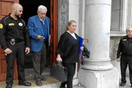 Retiran la acusación por malos tratos al exmarido de la exsecretaria del obispo