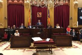 El Parlament ratifica a Vidal y Marí Bosó como senadores por Baleares