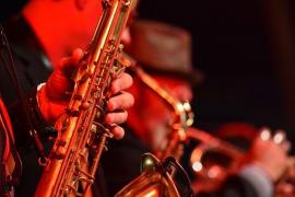 Glow Nights recala en Blue Jazz Club
