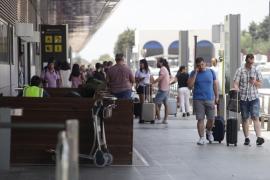 El aeropuerto de Ibiza cierra el mes de junio con más de un millón de pasajeros