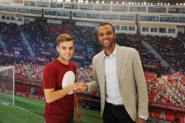 El Real Mallorca confirma el fichaje de Aleix Febas