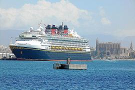Movilización empresarial para que la Administración no limite la llegada de cruceros