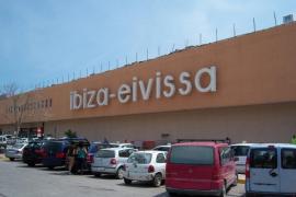 Pasajeros de un vuelo entre Edimburgo e Ibiza protagonizaron escenas «violentas», según un medio británico