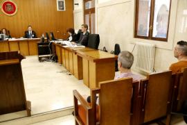 Suspendido el juicio contra un padre y su hijo por intentar matar a un policía