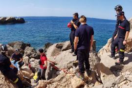 Rescatan a un hombre que se había caído en sa Pedrera de Cala d'Hort