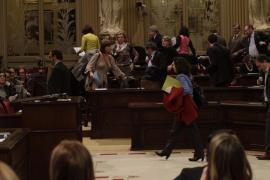 El PP vota en solitario la dirección de IB3 tras un plante del resto de partidos