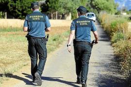 Intensa búsqueda de un encapuchado que atracó una gasolinera en Cala Millor