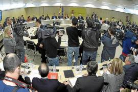 Las autonomías aceptan reducir el déficit al 1,5% con la oposición de Andalucía