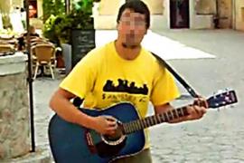 El cantante detenido por pederastia en Calvià dice que «todo es un complot de los niños»