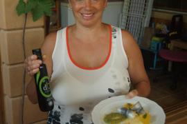Sardina marinada rellena de mermelada de kiwi y manzana con queso fresco