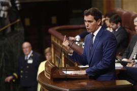 Rivera carga contra Sánchez por tratar a España como «un botín» a repartirse