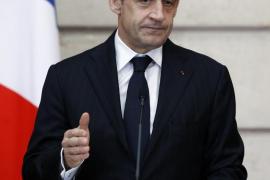 Sarkozy anuncia que dejará la política si pierde las elecciones