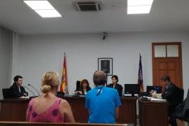 Condenado por ofrecer dinero y regalos a menores en Palma para que se desnudaran ante él