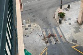 Un detenido tras enloquecer y tirar macetas por la ventana de un piso de Palma