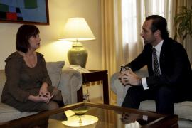 Francina Armengol, diputada socialista, ha sido recibida por Bauzá
