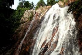 Muere un joven turista español tras caer por una cascada en una isla del sur de Tailandia