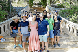 Álex Tejedor convierte los jardines de Raixa en el escenario de un corto