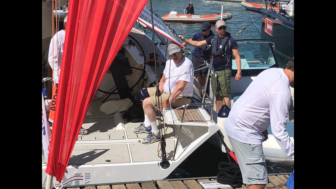 El rey Harald V de Noruega centra la atención en el Club Náutico de Palma
