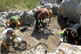 Historiadores excavan, por primera vez, una trinchera de la Guerra Civil en Sant Llorenç
