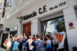 Alemany, sin acuerdo, busca «resolver lo mejor para el Valencia»