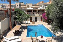 Anuladas las licencias turísticas de Alzina Living en Son Espanyolet