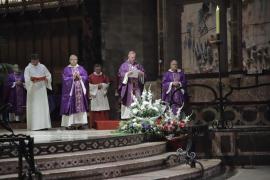 Taltavull llama al rechazo a la violencia en la misa por los guardias civiles asesinados por ETA en Calvià