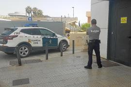 Detenidos tres jóvenes tras robar de forma violenta un Rolex en Sant Antoni