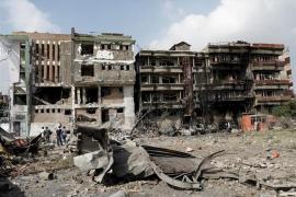 Al menos 34 muertos y 17 heridos por la explosión de una bomba al paso de un autobús en Afganistán