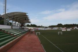 Multa a dos espectadores por pelearse en un partido de juveniles en Ibiza