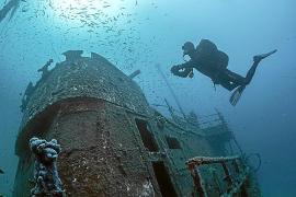 Localizan en Pollença el 'barco fantasma' a 38 metros de profundidad