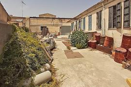 La propiedad de la fábrica de Montuïri vertió más de 2.000 litros de polyol al alcantarillado