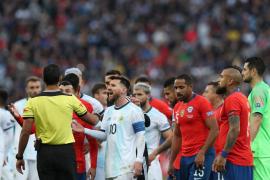 Messi, suspendido tres meses tras sus polémicas declaraciones