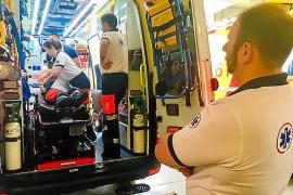 Los técnicos de ambulancias del 061 tienen miedo: «Parece que vamos a la guerra»