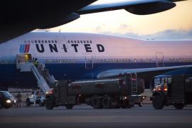 Detenidos dos pilotos de United Airlines por ingerir alcohol antes del vuelo