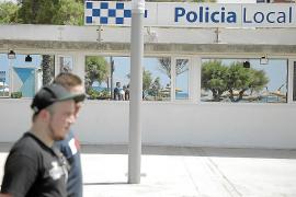 Indignación vecinal en la Playa de Palma por el cierre de la oficina de la Policía Local